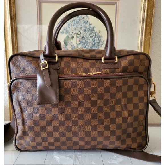 Louis Vuitton Icare Business Bag